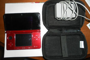 3DS in great working order W/case and charger