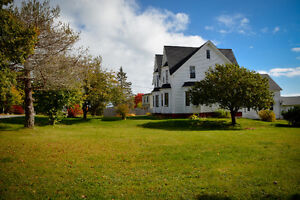 Beautiful Historical Home in the heart of St. Martins!