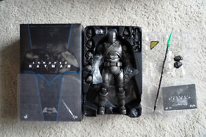 Hot Toys MMS349 Armored Batman 1/6 figure with Kryptonite spear
