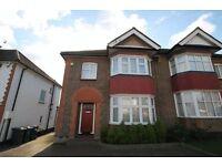 3 bedroom house in Lullington Garth, Woodside Park, N12