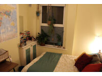 Double room in friendly shared house, Mont Le Grand (bills included)