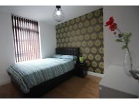 bed rooms available, bills included, Fallowfield, close to transport Wilmslow Rd, Owens Park