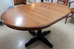 Solid Wood Table removable leaf