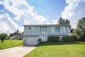 WELL MAINTAINED HOME JUST MINUTES TO FREDERICTON