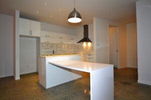 Loft moderne et luxueux meublé tout inclus! Sans tracas!