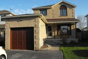 Spectacular South Barrie Home for RENT - 3 + Bed, 3.5 Bath!