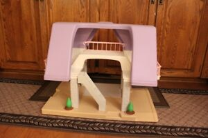Vintage Little Tykes Doll house
