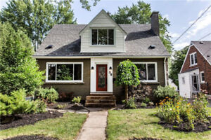 Beautifully Renovated Home - Welland -Income Potential