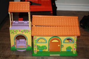 Dora Dollhouse / Playhouse and Accessories