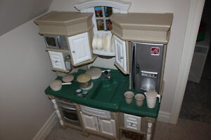 Step2 LifeStyle™ Dream Kitchen Oakville / Halton Region Toronto (GTA) image 1