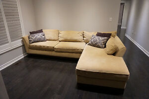 Sectional Couch ( LAZ Z Boy)