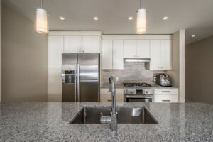 2 BED Kings Wharf Condo with Southern Exposure!