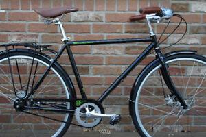 2016 KHS Manhattan Green 8 Hybrid City Bike, Brand New Unused!!