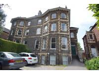 2 bedroom flat in Elmdale Road, Clifton, Bristol, BS8 1SH