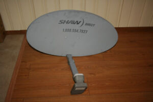 Satelite Dish. With 4 feed LBN & support arm