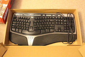 Keyboards and computer accessories London Ontario image 2