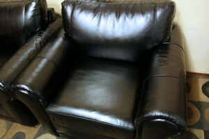 Brilliant TOP GRAIN LEATHER  Black Club Chairs SEE VIDEO