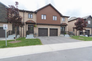 Newer 3 BDRMS home for rent at South East Barrie(Water included)