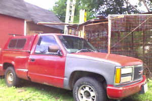 1993 GMC Sierra 1500 Step-side Pickup Truck (Parts truck!)