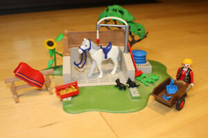 Playmobil 4193 - Box Lavage chevaux - Horse washing station
