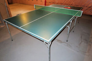 Full size ping pong table