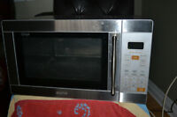 Sanyo stainless steel microwave for sale