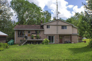 FAMILY HOME- 25 Minutes from Bancroft