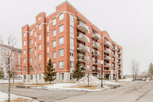 "Wonderful 3 ½ Penthouse located in ""Circle Square"" Pointe-Claire"