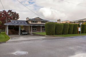 FOR SALE: 550 Mugford Road, Kelowna, V1X 2E7