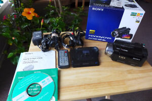 Sony HDR SR7  Mint Condition HD Camcorder