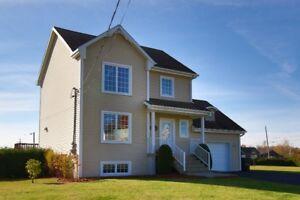 Terrain 32 492 PC! Maison à vendre à Notre-Dame-des-Prairies!