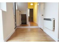 1 bedroom flat in Leighton Road, Enfield, EN1