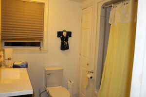 Apartment For Rent Cornwall Ontario image 2