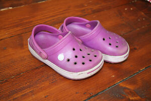 Crocs pour fillette pointure 6/7