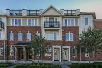 Gorgeous Townhouse in West Oak Trails!