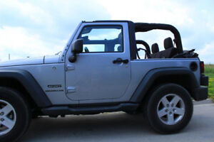 **2013 JEEP WRANGLER** VERY LOW MILEAGE & NO ACCIDENTS