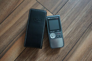 RCA voice recorder - battery operated