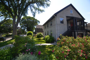 Furnished Hydrostone 3 Bed - Short Term - Late July / Mid August