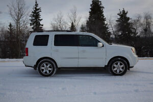 2011 Honda Pilot Touring CLEAN, FULLY LOADED