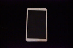 Samsung Tab 4 – Brand new condition –