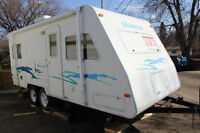 2002 Okanagan Ultra Lite Travel Trailer