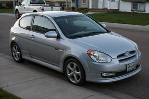 2007 Hyundai Accent SR Pkg Coupe (2 door)