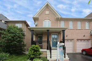 BEAUTIFUL HOME NEAR SCHOOLS PARKS AND MORE!!!