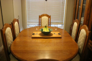 REDUCED - Solid Oak dining room table and large hutch - $300 OBO