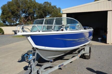 2006 4.6m sunrunner  Two Wells Mallala Area Preview