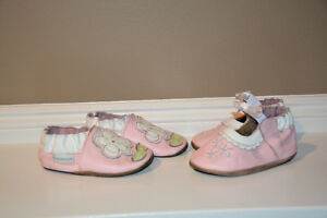 Robeez Baby Shoes (Size 0-6 months)