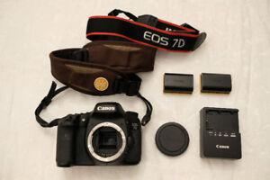 Canon 7D mark i crop sensor DSLR digital camera