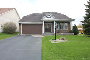 Gorgeous Bungalow in Emerald Meadows