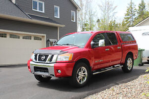 2012 Nissan Titan SL Pickup Truck (One owner since new)