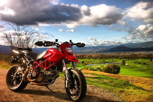 2008 DUCATI HYPERMOTARD 1100 $8000 worth of aftermarket parts